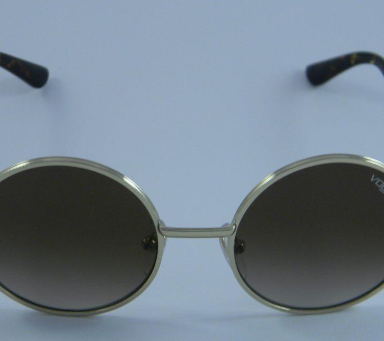 6c16fb9b8e Vogue - Τα κορυφαία Brands Οπτικών στο Οπτικά Γαλάνης